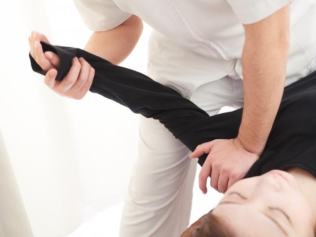 硬くなった筋肉を整える施術で可動域が広がります
